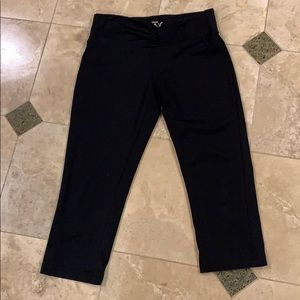 Reebok cropped exercise pants